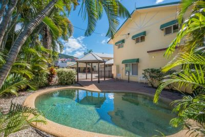 Townhouse for sale in Cairns & District Redlynch