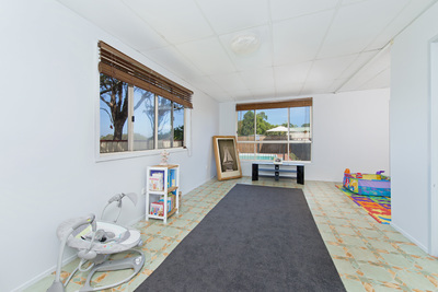 5, Explorers Way , LAKE CATHIE - Julie Fullbrook
