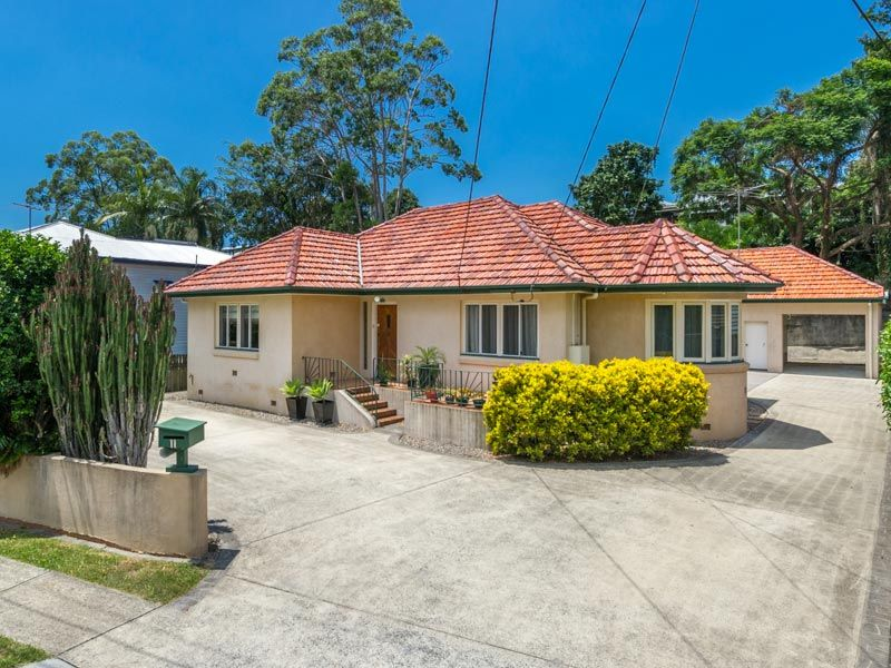 11 Grove Street Red Hill 4059