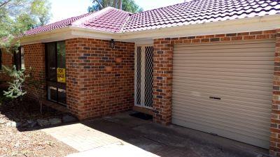 ELDERSLIE, NSW 2570