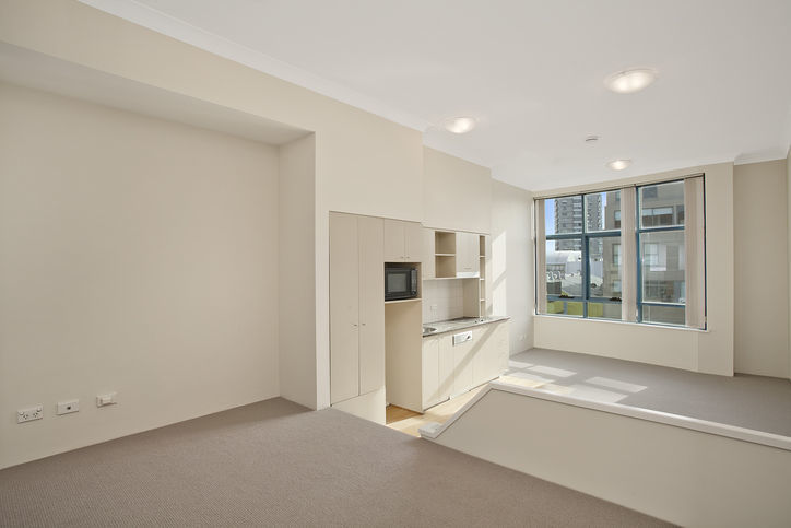 207/99 Military Road, Neutral Bay