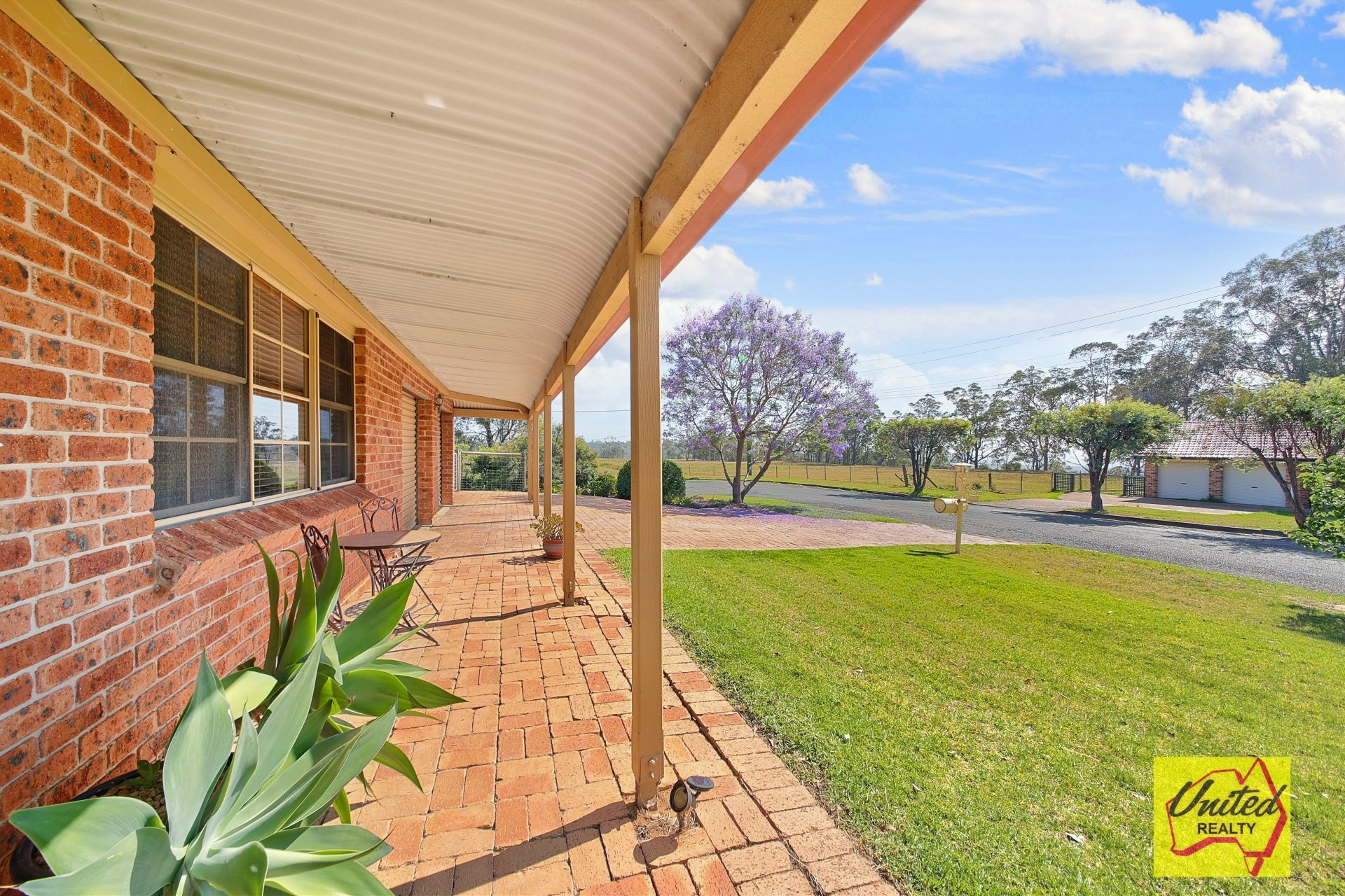 2 Browns Road The Oaks 2570