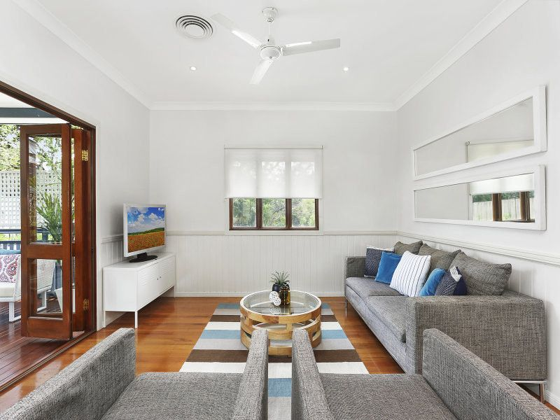 SPACIOUS 5 BEDROOM FAMILY HOME
