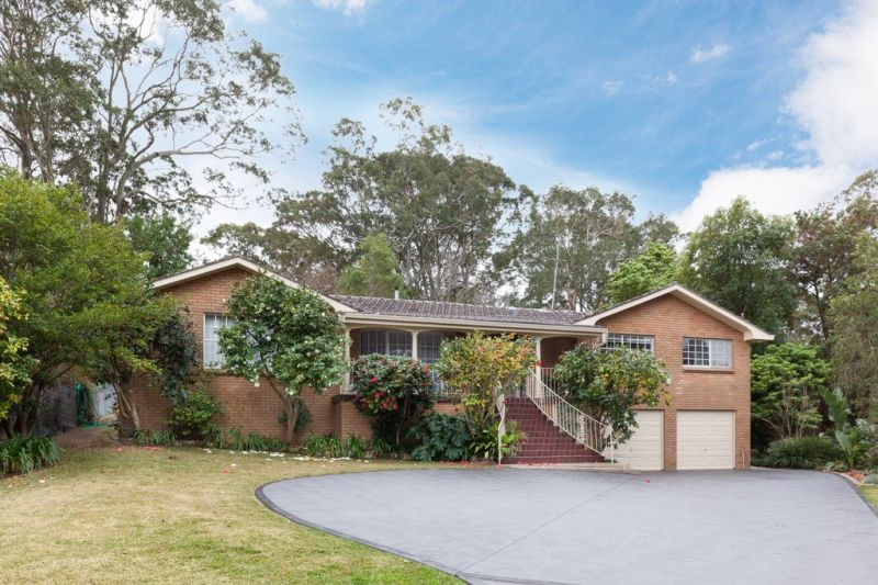 Commanding Position - Generously Proportioned Family Residence