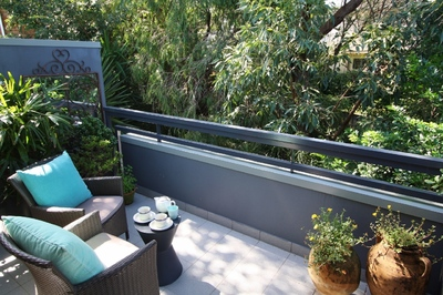 ROSE BAY 1BED 2BATH F/F UNIT QUIET LEAFY OUTLOOK CLOSE TO ALL AMENITIES. PARKING