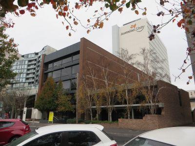 SOUTH MELBOURNE, VIC 3205