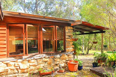 off the grid - your perfect eco-hideaway!