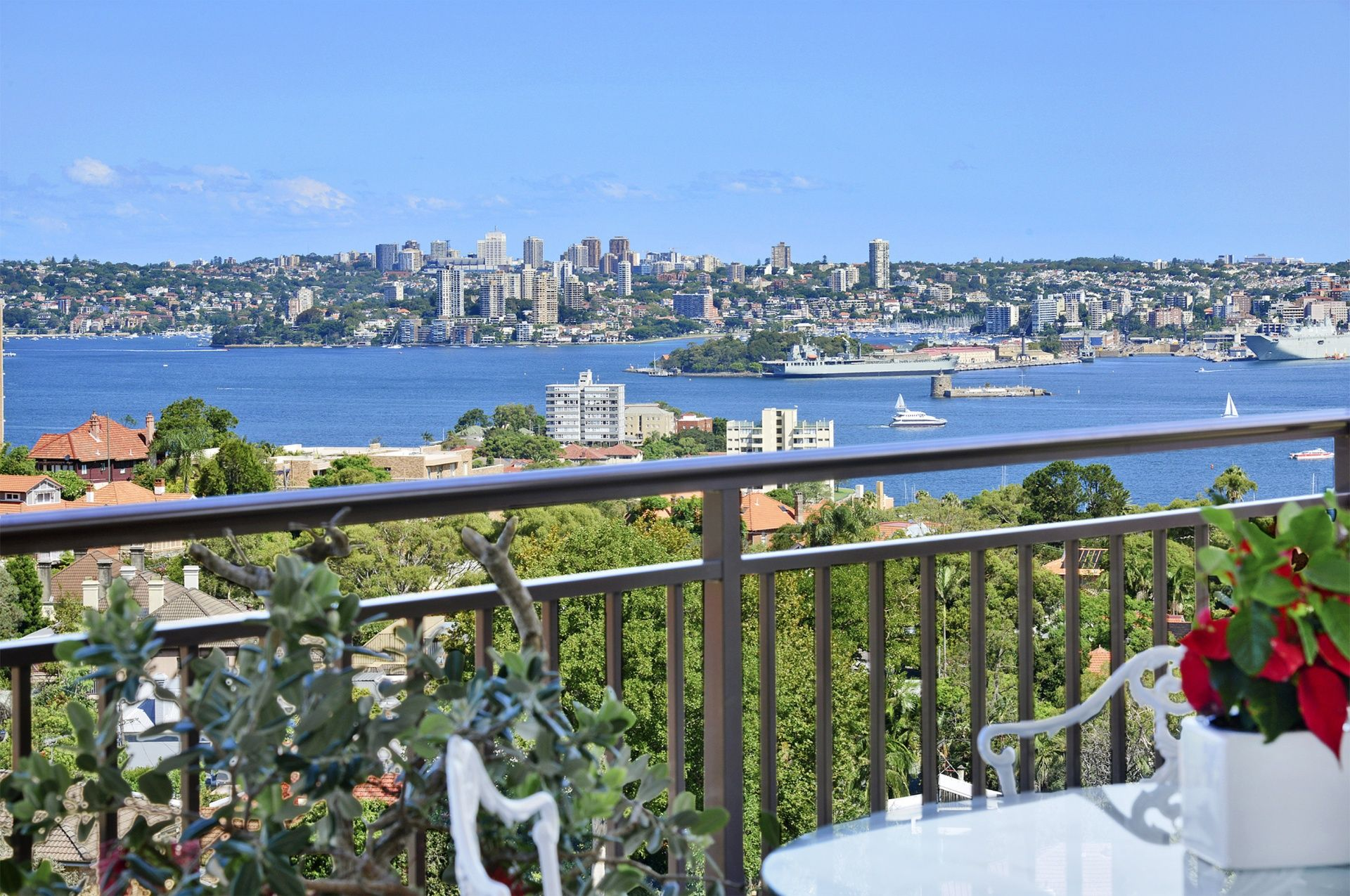 PENTHOUSE 2/3 Lindsay Street, Neutral Bay