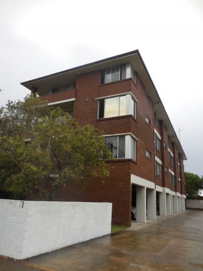 11/71 Dawson Street, Cooks Hill
