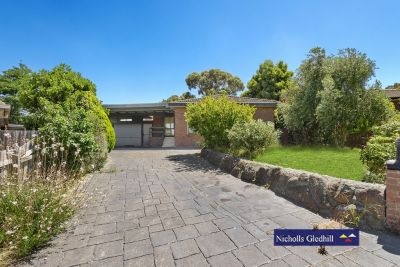 SINGLE STORY  5 BEDROOMS PLUS STUDY  COURT  LOCATION