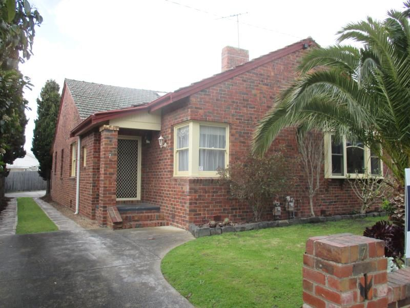 7 Meakin Street East Geelong
