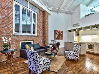 Impeccable Top-Floor Dakota Loft Apartment
