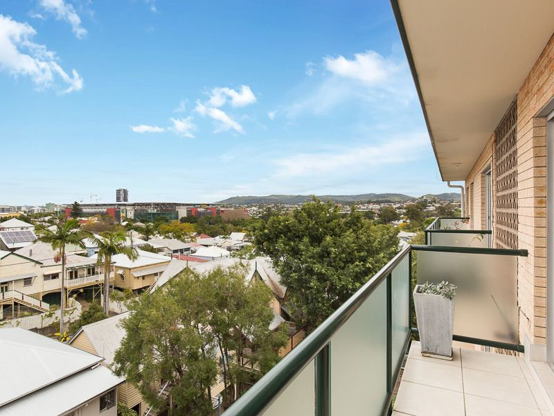 8/18 Wellington Street Petrie Terrace 4000