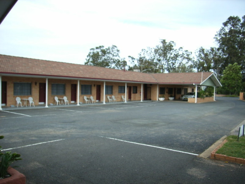 MOTEL FOR SALE-  BUSY CENTRAL WEST TOWN