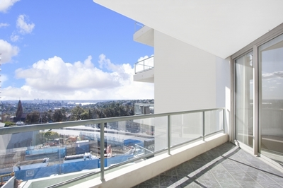 Fantastic Apartment in Great Location with LUG & A View