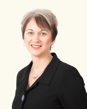 Kirsten Benton
