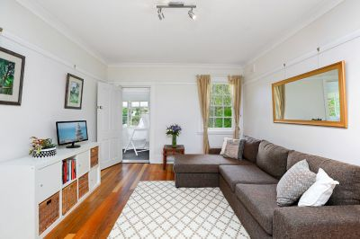 Charming and substantial early 1900's boutique apartment