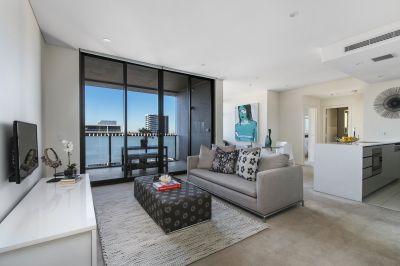 Spacious & Near New Corner Apartment with Views