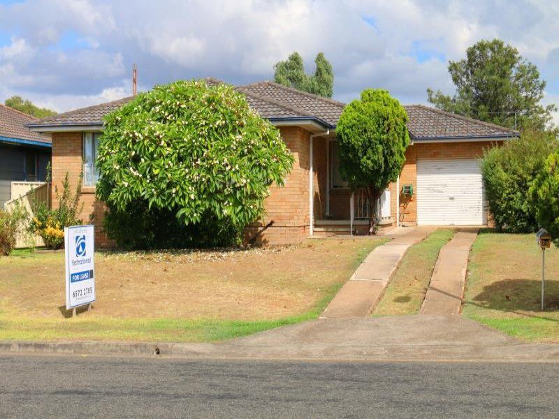 28 James Cook Avenue, Singleton Heights