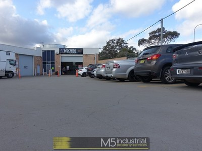 480 SQM - Modern Industrial Duplex on BUSY Beacondfield Road