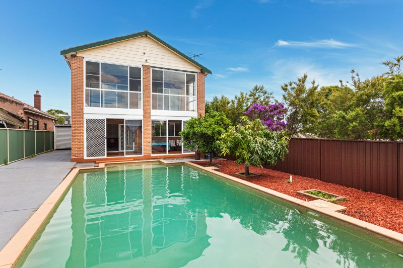 Family Home with Pool and Granny Flat