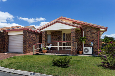 SPACIOUS STAND ALONE VILLA – PENINSULA PARK OVER 50'S VILLAGE