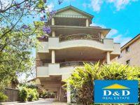 Modern 2 Bedroom Unit. Huge Balcony & Living Area. Lock Up Garage. Quiet Location. Walk to Parramatta City Centre
