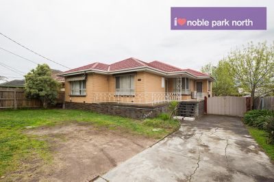 5 Bedroom Home in Noble Park North