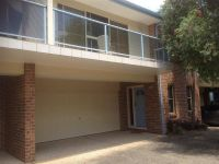 2/3 Messines Street Shoal Bay, Nsw