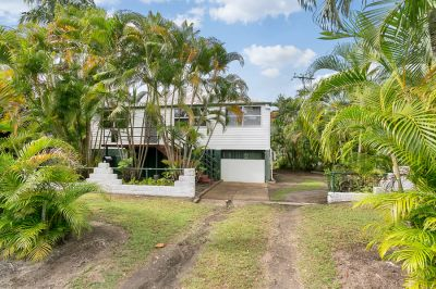 Classic Queenslander Ready to Renovate