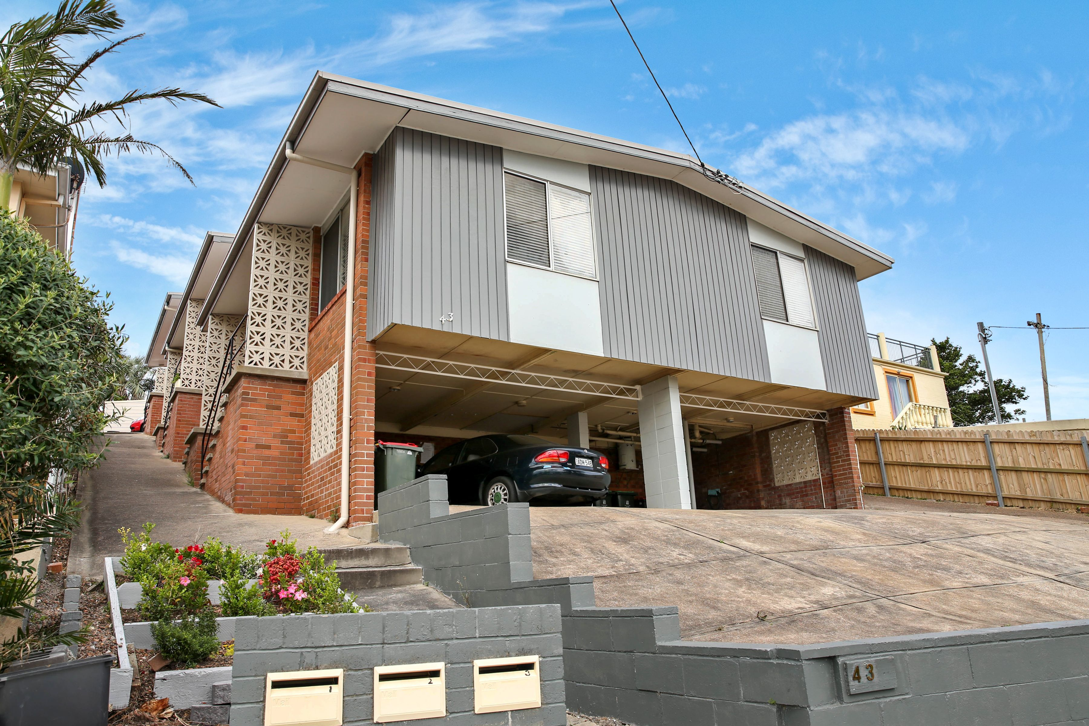 5/43 Nesca Parade, The Hill