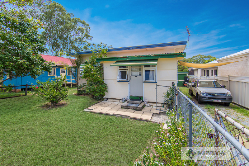 PRIME LOCATION - GREAT OPPORTUNITY TO RENOVATE OR BUILD DREAM HOME