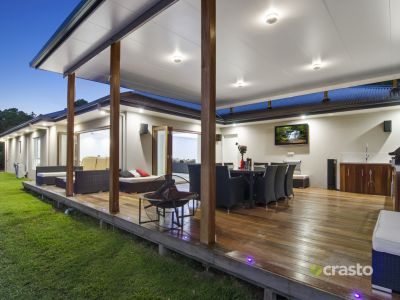 Contemporary Home on easy care 1/2 acre with Serene hinterland Views