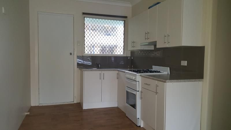 Rent Reduced......Newly Renovated - Two Bedroom Unit......and Close to UQ **