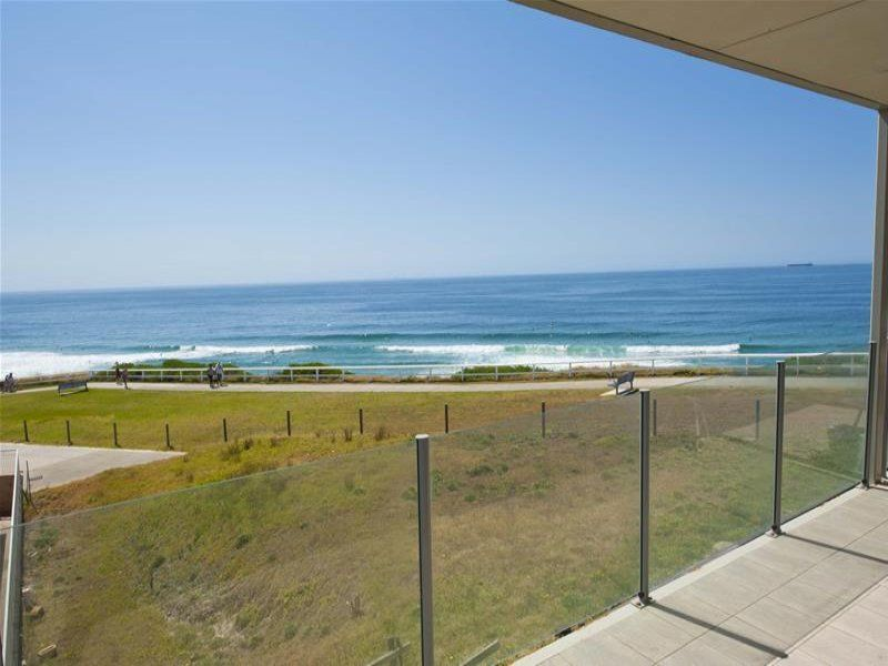 13/2 Ocean Street, MEREWETHER