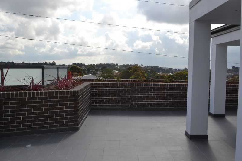 Luxury Brand New unit with stunning views