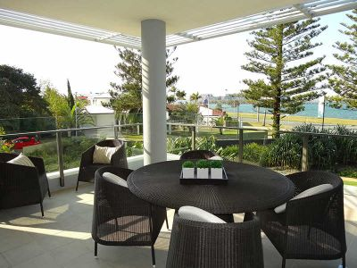 FULLY FURNISHED - 3 BED EXECUTIVE APARTMENT