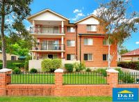 Recently Refurbished 2 Bedroom Unit in Quiet Location. Modern Building. 2 Bathrooms. 2 Balconies. Easy Access to Parramatta Road and M4
