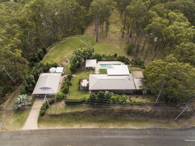 LIFESTYLE ACREAGE LIVING - CLOSE TO TOWN