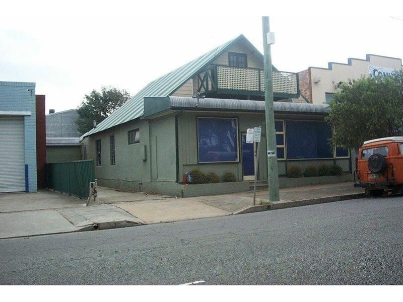 118 Parry Street, NEWCASTLE