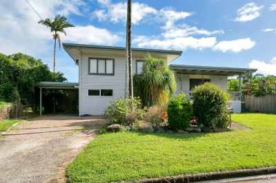 DUAL LIVING WITH A 6X6 SHED JUST 5 MINUTES FROM THE CBD!