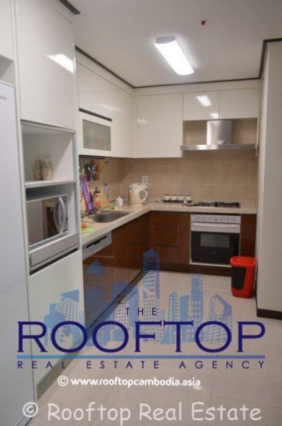 BKK 1, Phnom Penh | Condo for sale in Chamkarmon BKK 1 img 1