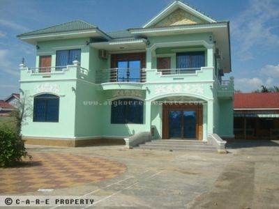 Battambang | Villa for sale in Battambang  img 0