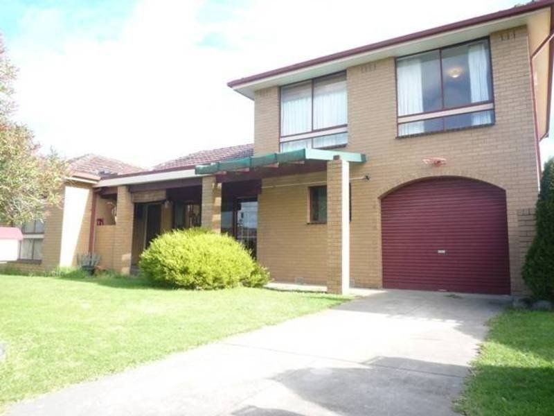 Perfect Home In The Heat Of Altona