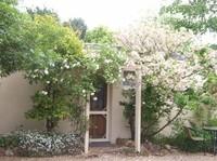 Adina Lodge -Location! Lifestyle! Income!