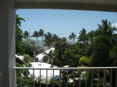 Unit for rent in Cairns & District Trinity Beach