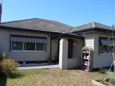 1/37 Sredna Street, West Footscray