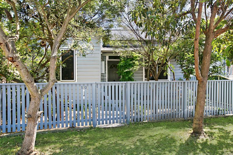 Impeccable Weatherboard in Fabulous Inner-city Location