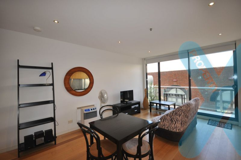 Fully Furnished One Bedder AND a secure Carspace - BEST!!