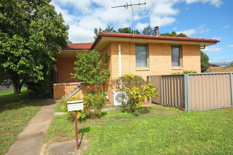 3 Waterhouse Ave, Singleton